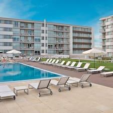 Real Colonia Hotel & Suites es el anfitrión.