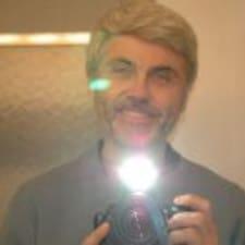 Profil utilisateur de J Deryl