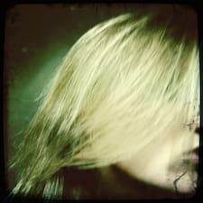 Scarlett User Profile