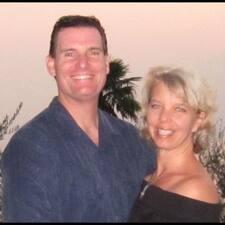 โพรไฟล์ผู้ใช้ Wendy & Steve