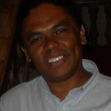 Severino Felinto is the host.