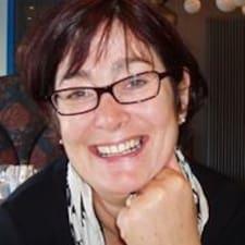 Joelle Brugerprofil