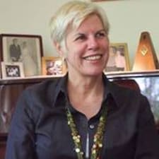 Cecily Brugerprofil