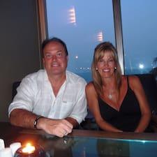 โพรไฟล์ผู้ใช้ Emil And Sharon