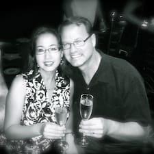 โพรไฟล์ผู้ใช้ Doug And Marlene