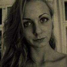 Anna B. User Profile