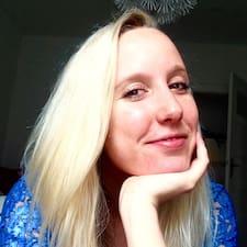 Kristina的用戶個人資料