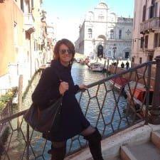 Giulia — хозяин.