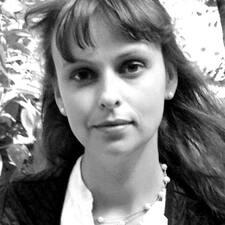 Людмила es el anfitrión.