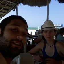 โพรไฟล์ผู้ใช้ Magdalena & Clement