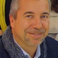 โพรไฟล์ผู้ใช้ Jean-Paul