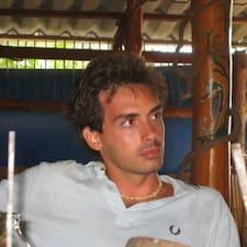โพรไฟล์ผู้ใช้ Piero