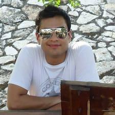 โพรไฟล์ผู้ใช้ Miguel