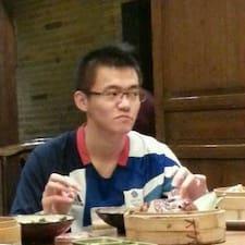 โพรไฟล์ผู้ใช้ Yiyang