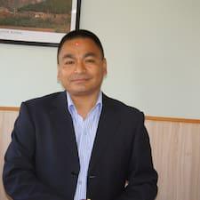 Mohan Das es el anfitrión.
