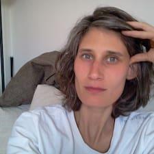 Henkilön Carola käyttäjäprofiili