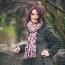 Claire Brugerprofil