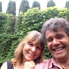 Profil korisnika John And Cindy