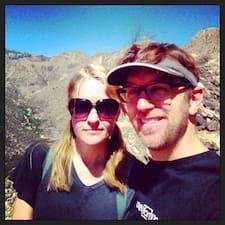 Corey & Bethanie Brugerprofil