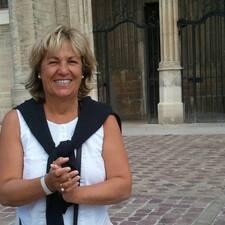 Marie-France est l'hôte.