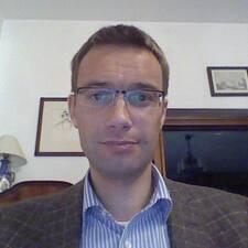 Mikolaj的用户个人资料
