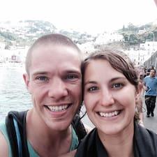 Profilo utente di Caroline And Brad