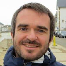โพรไฟล์ผู้ใช้ Jean-Benoit