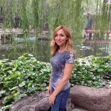 Profil Pengguna Nicole