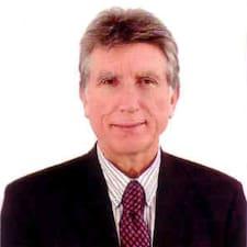 José Andrés คือเจ้าของที่พัก