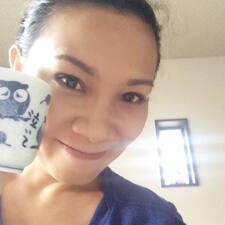 Eva Mia User Profile