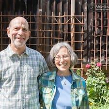 โพรไฟล์ผู้ใช้ David & Barbara