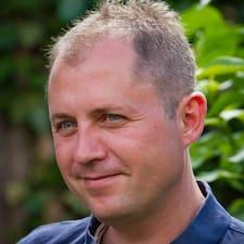 โพรไฟล์ผู้ใช้ Henrik Næstoft