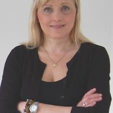 Profil Pengguna Henriette