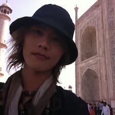 Kiam Hiong User Profile
