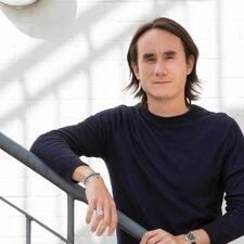 Pierre-Julien的用户个人资料