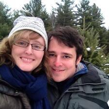 โพรไฟล์ผู้ใช้ Dan And Mary Margaret