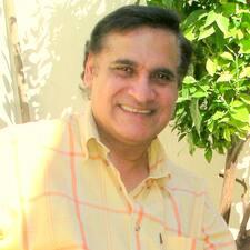Arjun คือเจ้าของที่พัก