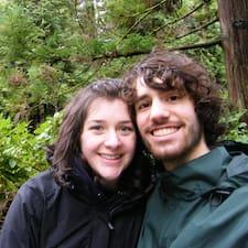 โพรไฟล์ผู้ใช้ Matt And Natalie