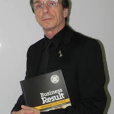 Dr. Arayan Richard est l'hôte.