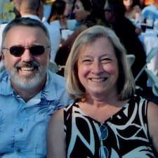 โพรไฟล์ผู้ใช้ Marcus & Cynthia