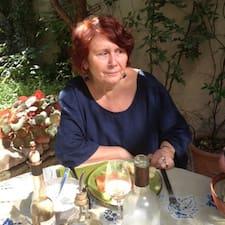 Anne-Marie est l'hôte.