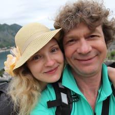 Anna & Oleg ist der Gastgeber.