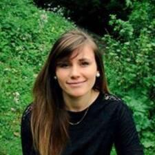 Profilo utente di Adèle