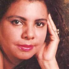 Joana Batista — хозяин.