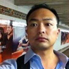 Notandalýsing Ji Yong