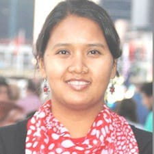 Sunita ist der Gastgeber.