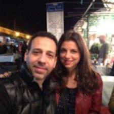 Profil Pengguna Evan & Maria