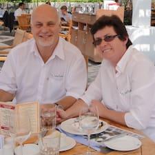 Paul & Barbara es el anfitrión.