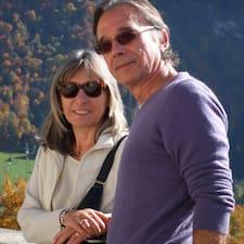 Françoise Et Serge est l'hôte.