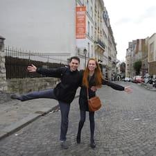โพรไฟล์ผู้ใช้ Emma And Victor
